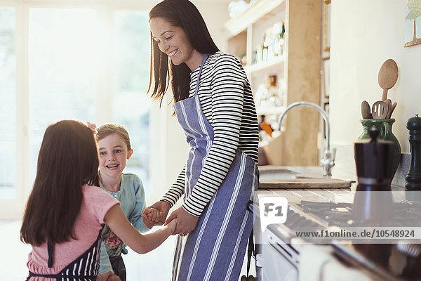 Küche,halten,Tochter,Mutter - Mensch