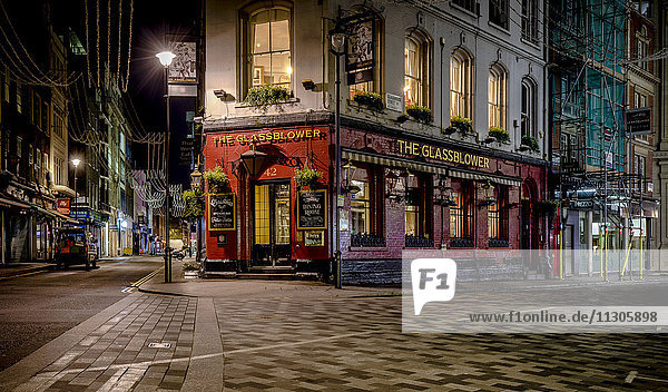 UK, London, Pub bei Glasshouse Street bei Nacht