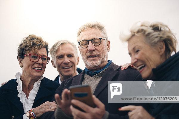 4,60 bis 70 Jahre,60-70 Jahre,Abend,Abenddämmerung,Aktiver Senior