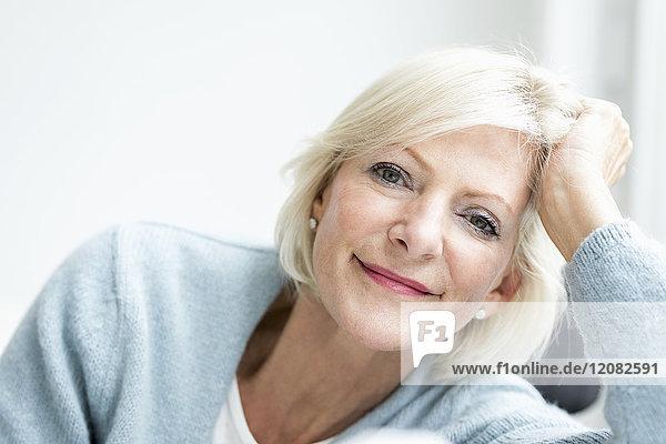 1,60 - 70 Jahre,60 bis 65,alt,Ansicht,Anzahl