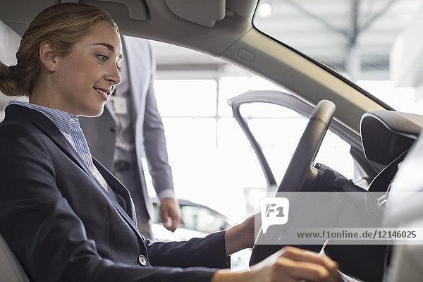 Alternative,Ansicht,arbeiten,Arbeitswelt,Auto,Autohandel