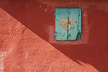 Fenster,Wand,rot