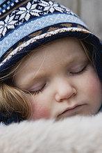 Portrait ,Hut ,schlafen ,Kleidung ,stricken ,Mädchen