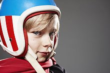 Portrait ,Rennfahrer ,Junge - Person ,Close-up, close-ups, close up, close ups ,Helm