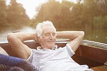 Senior, Senioren ,Mann ,Entspannung ,Boot