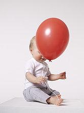 Luftballon, Ballon ,rot ,Baby