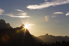 Ecke, Ecken ,Tischset ,Berg ,Zugspitze ,Bayern ,Deutschland ,Sonne