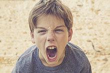 weinen ,Portrait ,Zorn ,Junge - Person
