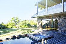 Wohnhaus,Ignoranz,Holzterrasse,modern