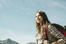 junge Frau,junge Frauen,lächeln,Reise,wandern