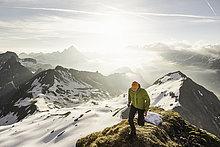 Berg,hoch,oben,Alpen,jung,Bergwanderer,bayerisch