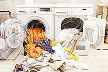 Föhn,waschen,Maschine,schmutzig,fallen,fallend,fällt,Wäsche