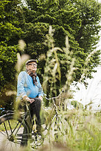 Senior,Senioren,Mann,Fröhlichkeit,Fahrrad,Rad