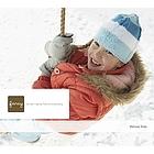 Spielende Kinder genießen einen wunderschönen Wintertag im Freien. Jungen und,machen,im,Schneemänner und haben viel,bei einer,Sie,die Weihnachtsbeleuchtung auf, dekorieren das Haus und machen lange Spaziergänge auf ruhigen Winterpfaden.