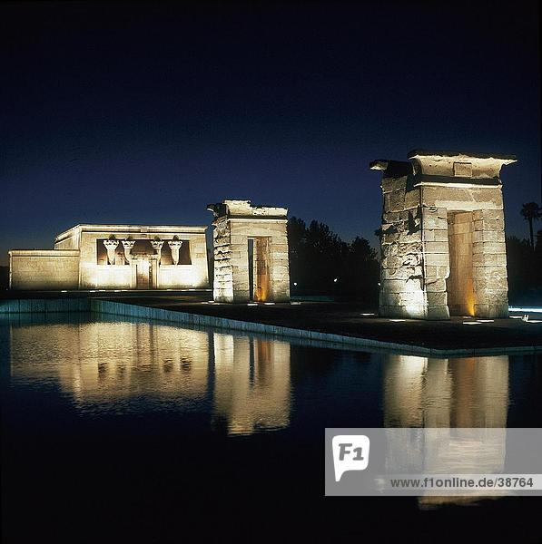Reflection of temple in water  Temple Of Depod  Madrid  Spain