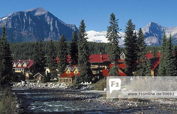 Hotel at waterfront  Lake Louise  Banff National Park  Canada