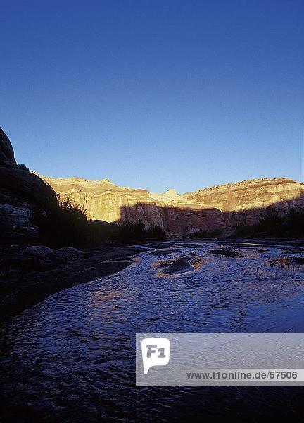 Erhöhte Ansicht eines Flusses  Capitol Reef Nationalpark  Utah  USA