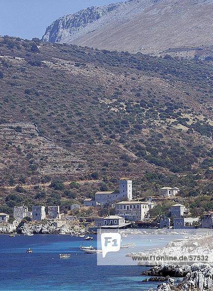 Ufer Stadt Boot frontal Griechenland