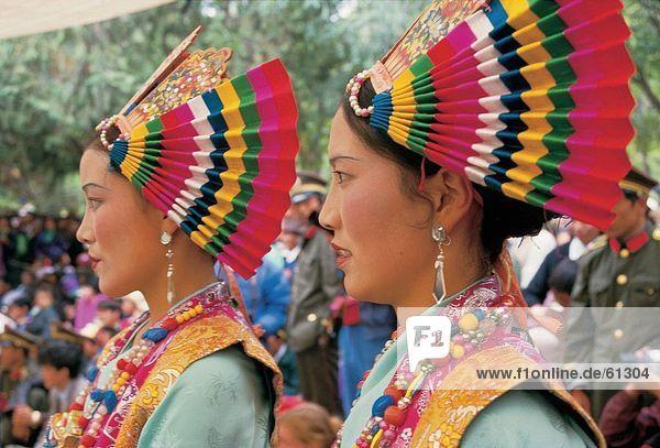 China  Tibetisch  Frauen in Festival Lächeln