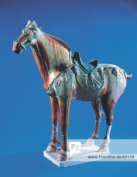 China  Tang Tri-Color Keramik Pferd