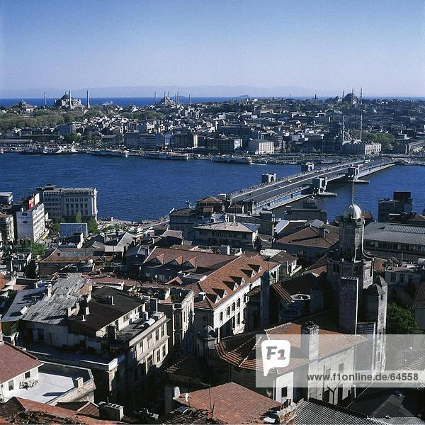 Luftbild von Brücke über Fluss  Galata-Brücke  Istanbul  Türkei