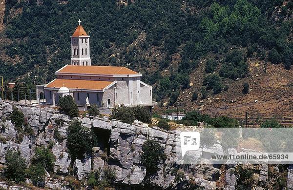 Kirche im Tal  Nahr Ibrahim  Libanon