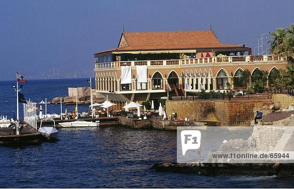 Restaurant im Waterfront  Corniche Restaurant  Beirut  Libanon