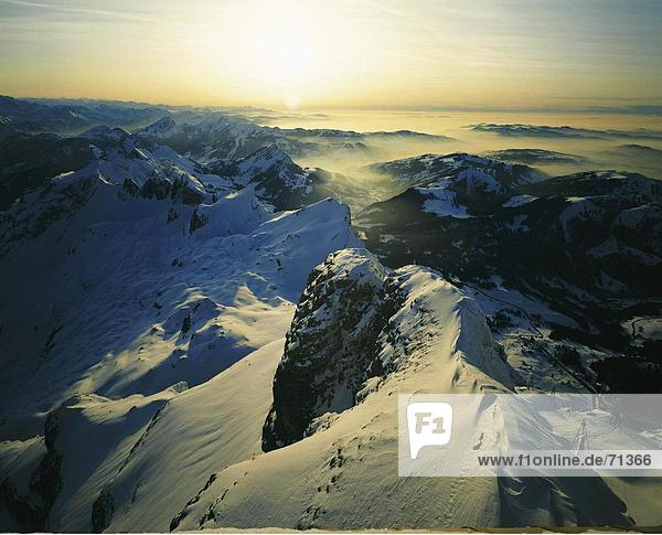 10055819  Appenzell  Bergpanorama  Alpen  Gebirge  Landschaft  Santis  Schnee Berge  Schweiz  Europa  Sonnenuntergang