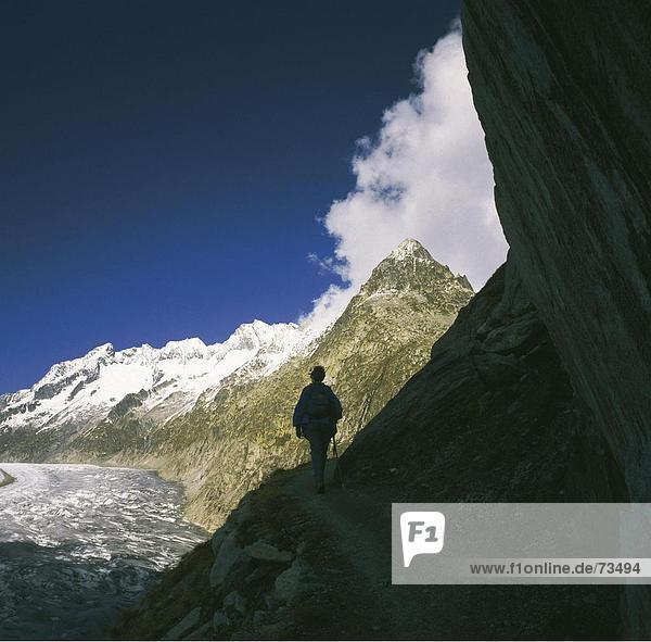 10505035  Aletschgletscher  Gletscher  Schweiz  Europa  Mountainbike  Wandern  Frau  ausgesetzt  tolle  Wallis  gehen  Hallo