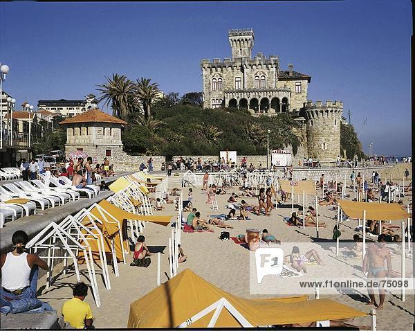 10631925  bathing  beach  castle  Estoril  Estremadura  holidays  spare time  coast  people  sea  person  no model release  Po