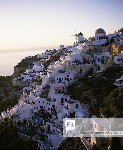 10644290  Abend Licht  Village  Griechenland  Kykladen  Oia  Santorini  Stimmung