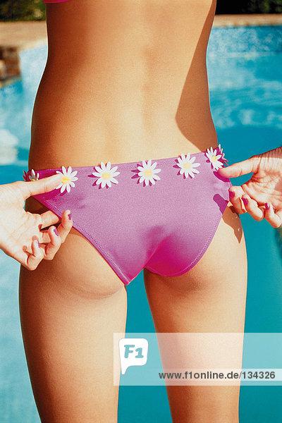 Weiblicher Torso im Bikini