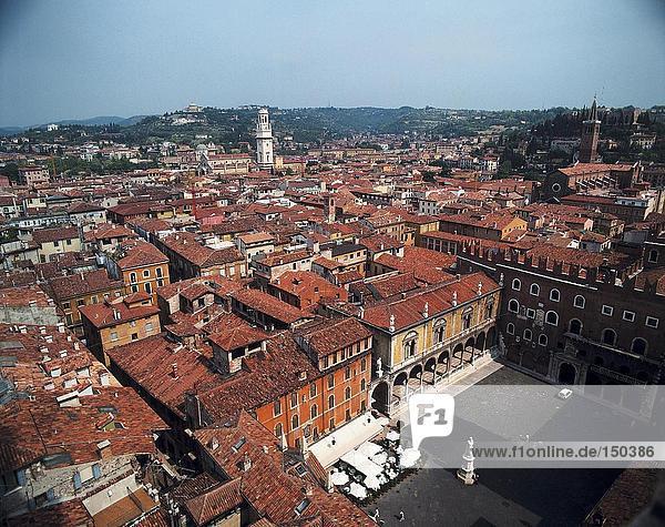 Luftbild des Palastes in Stadt  Verona  Provinz Verona  Region Venetien  Italien