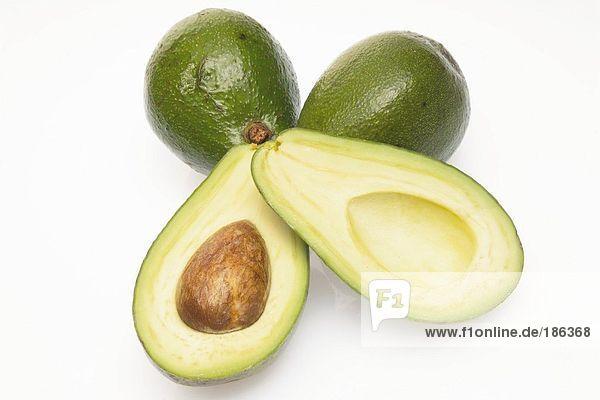 Avocados  Ausschnitt  weißer Hintergrund