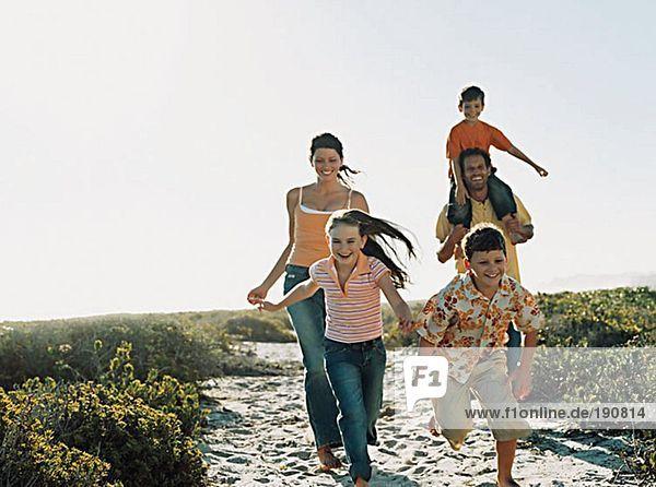 Familienlauf zum Strand