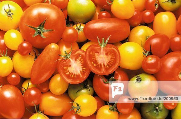 Tomatenstilleben (bildfüllend)
