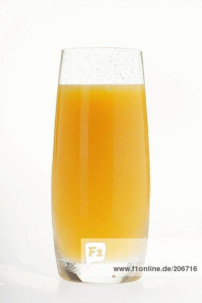 Orangensaft in hohem Glas