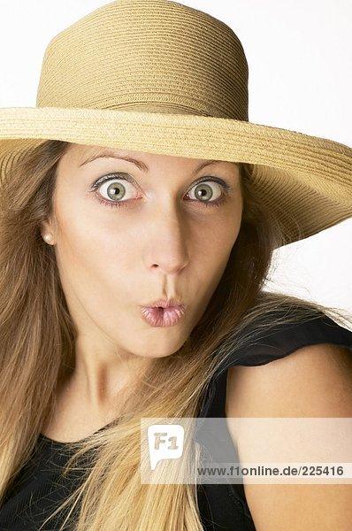 Portrait einer Frau looking schockiert