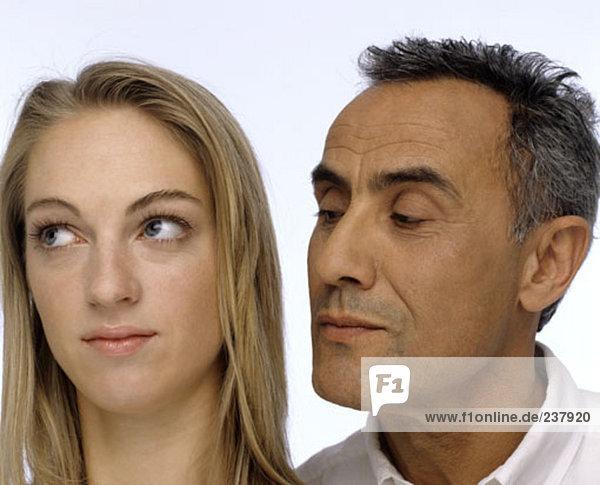 älterer Mann und junge Frau Paarung
