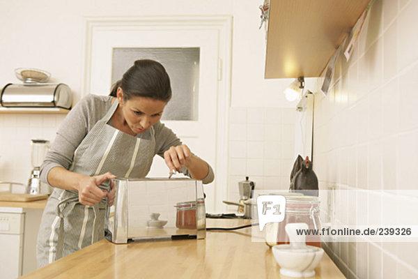 Gabel In Toaster