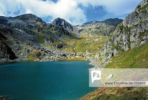 10814621,Alpen,Bergsee,Gewässer,Kanton Graubünden