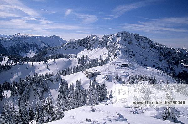 Deutschland  Bayern  Scheibenwand  schneebedeckte Berge.