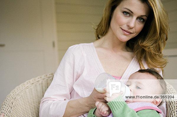Frau und Baby