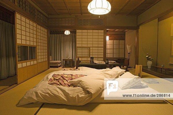 Innenräume des Hotel Schlafzimmer, Hiiragiya Ryokan Hotel, Stadt ...
