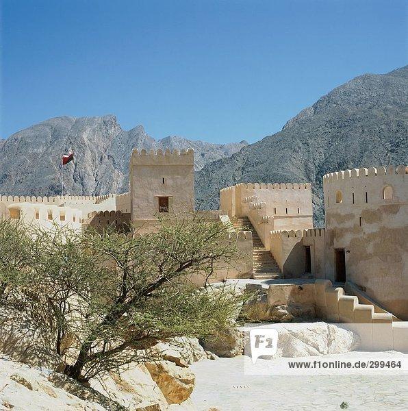 Burg an Berge  Nakhl Fort  Al Batinah  Oman