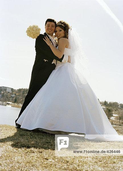 Porträt von einem Brautpaar.