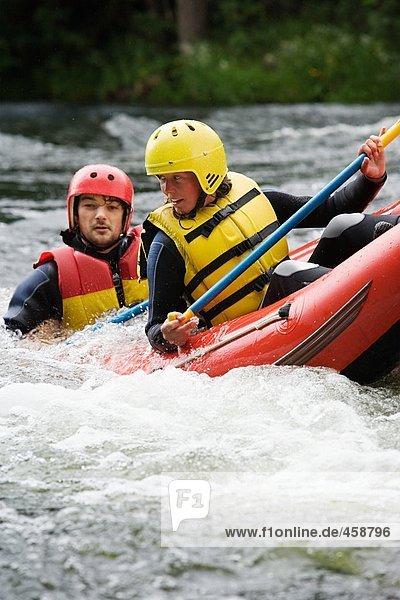 Wildwasser-Rafting für zwei Personen
