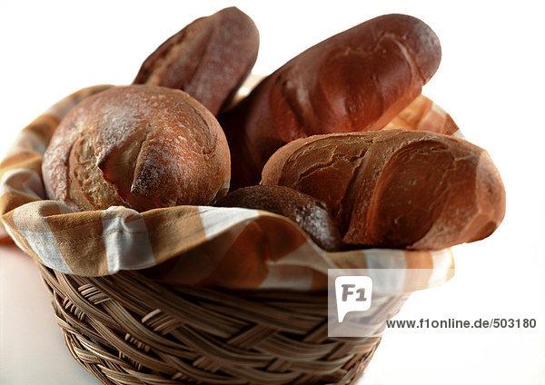 Korb voller Brot  Nahaufnahme