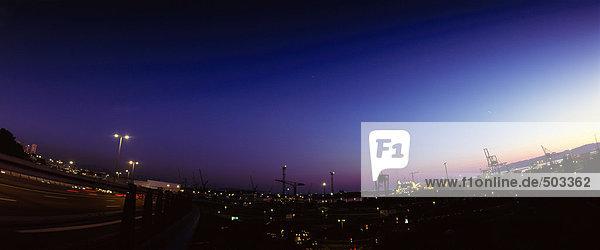 Docks bei Nacht  Panoramablick