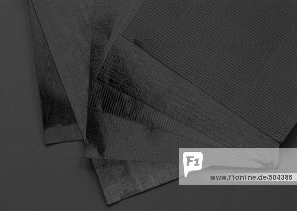 Papierbögen  Nahaufnahme  solarisiert
